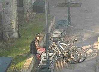 Preso homem que tentava furtar bicicletas na Praça da Bandeira.