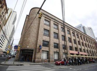 Antigo prédio da Mesbla Veículos em Porto Alegre terá nova destinação em 2020.