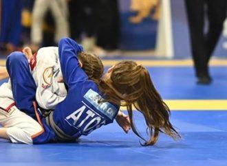 Porto-alegrense de 12 anos é vice-campeã mundial de jiu-jitsu