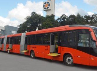 Gaúcha Marcopolo entrega quase 200 ônibus para transporte público de Curitiba
