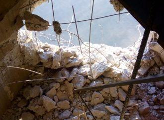 ATENÇÃO :  Navio atinge pilar da ponte do Guaíba e danifica estrutura; veja imagens