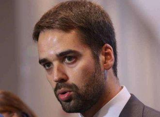 """Eduardo Leite comunica: """"Se coronavírus não diminuir á passos largos entraremos direto no lockdown no RS"""""""