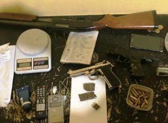"""MP faz operação em Canoas contra a facção criminosa """"Os Manos"""""""