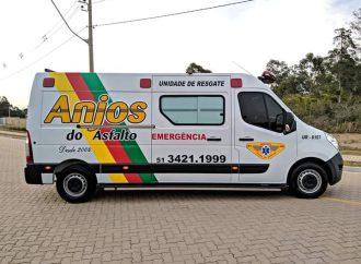Anjos do asfalto de Gravataí recebem nova ambulância