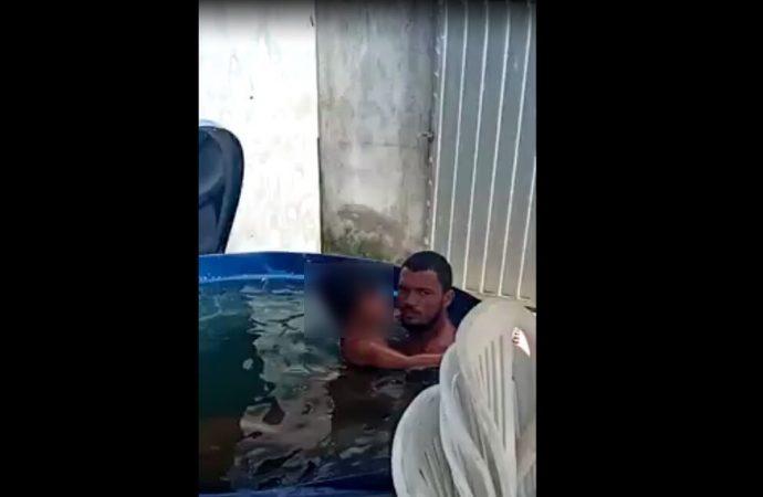 Vídeo flagra o momento em que homem abusa de criança dentro de caixa d'água