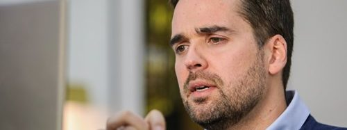Pela oitava semana, Eduardo Leite crava bandeira vermelha em Canoas