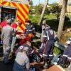 Cadeirante morre após ser jogado de viaduto.