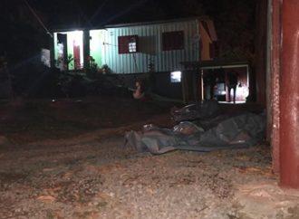 Avó de 74 anos é morta a pauladas e a facadas junto com neto após briga de vizinhos
