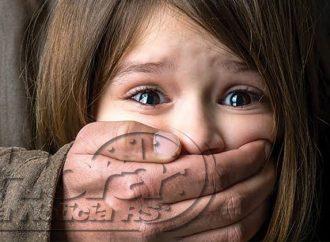 Pai é preso por estuprar as quatro filhas; a mãe era conivente com o crime