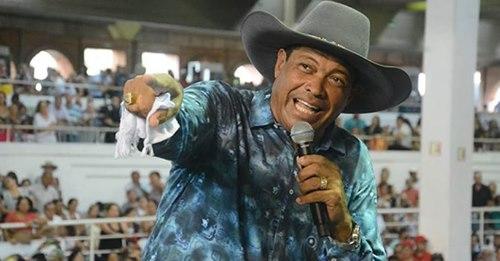 Pastor Valdemiro vê renda desabar e vende mansão de R$ 35 milhões por R$ 22 milhões