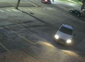 Vídeo: Câmera de segurança flagra criança de 3 anos e mãe sendo atropeladas no Paraná; motorista fugiu
