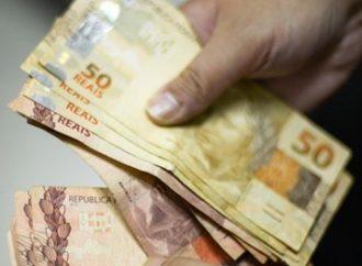 PARA 2021: Bolsonaro aumenta salário-mínimo para R$ 1.100