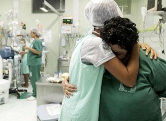 Com aceleração da pandemia, enfermeiro teme 'tempestade' em janeiro. Saiba mais: