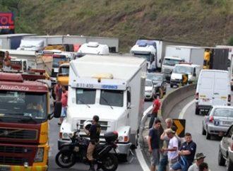 ATENÇÃO: associação diz que greve dos caminhoneiros no dia 1º pode ser maior que em 2018
