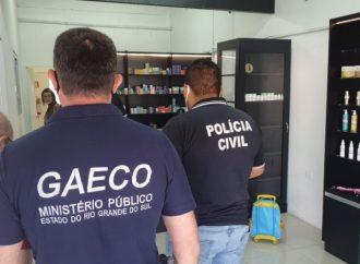 Ação conjunta com o objetivo de combater a fabricação irregular de álcool gel é realizada em estabelecimentos em Canoas