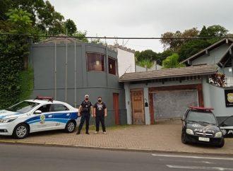 Dois homens de 26 e 40 anos, são presos por receptação