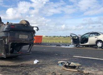 Filho de idosa que morreu na BR-386 em Canoas dirigia a caminhonete que capotou