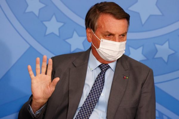 VÍDEO: Jair Bolsonaro pede a Queiroga parecer desobrigando uso de máscaras
