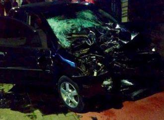 Motociclista morre após colisão frontal com dois carros em Cachoeirinha
