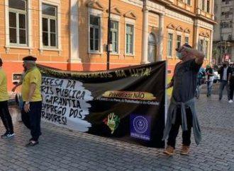 Rodoviários protestam pela permanência de cobradores no transporte em Porto Alegre