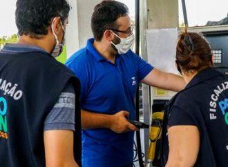 Dois postos de combustíveis de Canoas vendem gasolina com preço abusivo